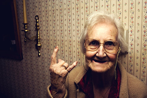abuela_rockera